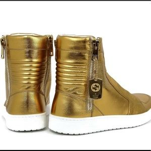 Authentic Gold Leather Limited Edition Gucci Shoes